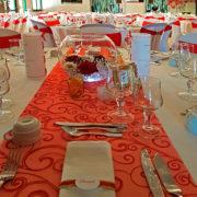 Un beau mariage rouge passion à Mané Guernehué